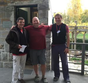 Departing Casa Paderborn after a good night's sleep in Pamplona. That's Hans-Georg (right) and Heinrich. Fortunately, I lost nearly 30 more pounds after that photo. Ha.